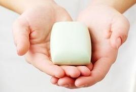 Мыло с добавлением грудного молока