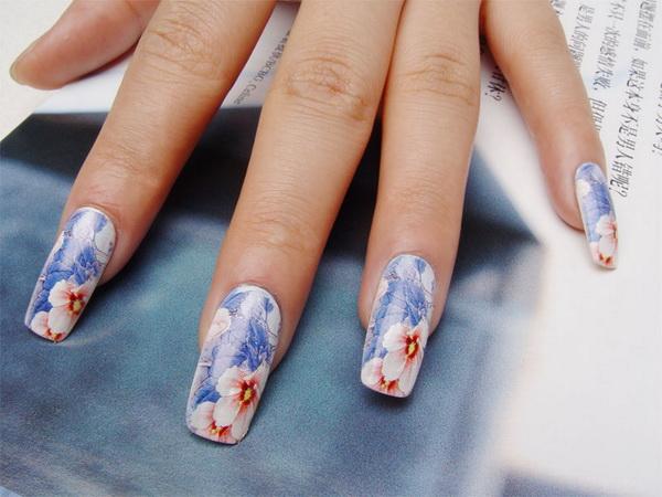 печать на ногтях