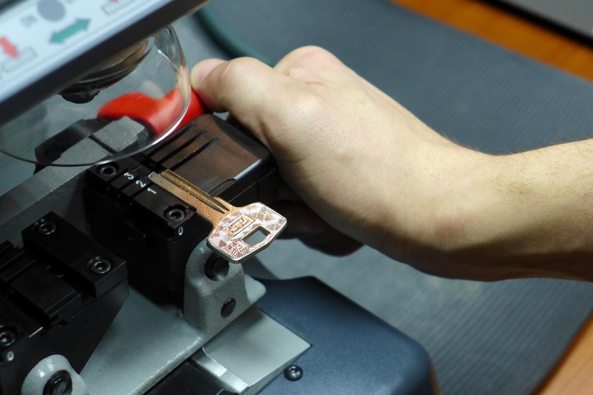 Как сделать дубликат ключа своими руками 94