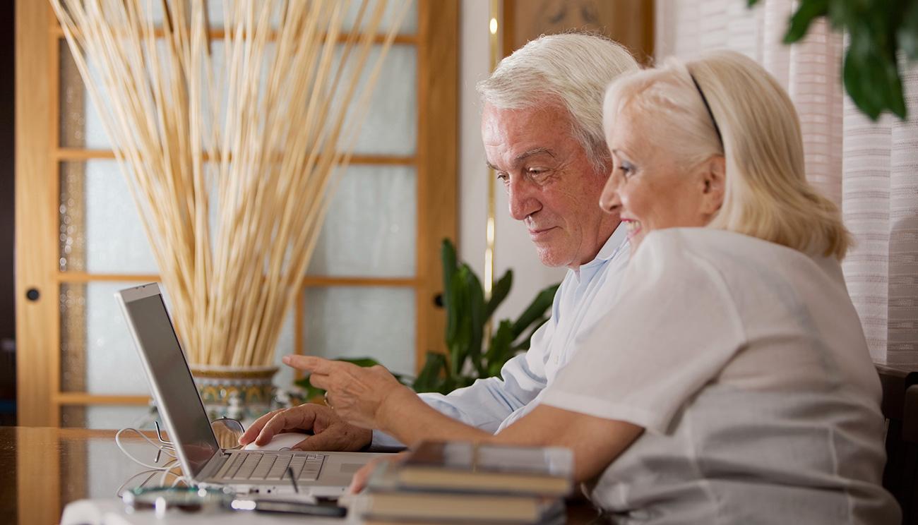 Чем заниматься на пенсии? Подработка для пенсионеров. Курсы для пенсионеров