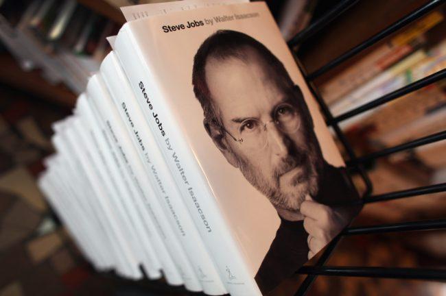книга «Стив Джобс»