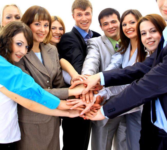 Бизнесмен с коллективом