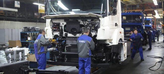 Сборочный цех грузовых автомобилей КамАЗ