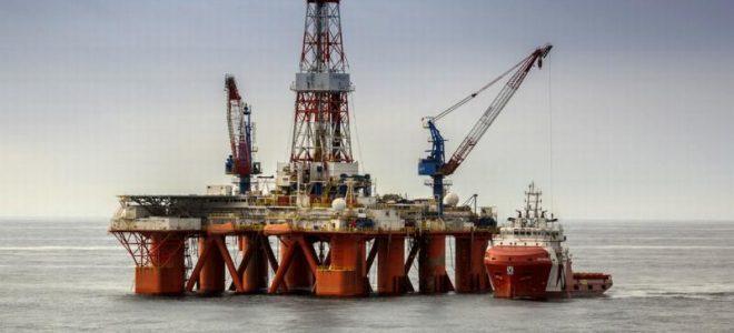 Разработка нефтяного месторождения в Охотском море