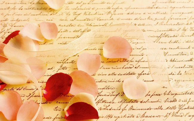 Письмо в лепестках роз