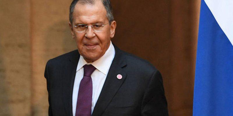 Лавров назвал сроки внедрения электронных виз в России