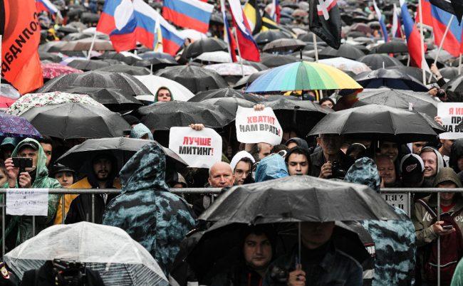 Путин заявил о праве молодежи на протесты