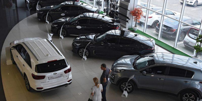 Министр рассказал о скором росте цен на автомобили
