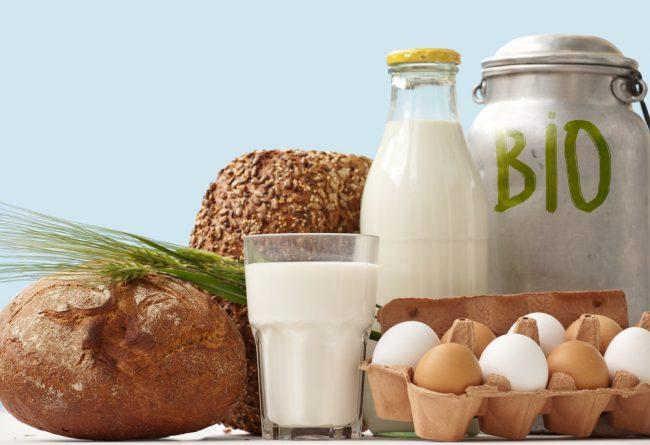 Молоко, яйца, хлеб