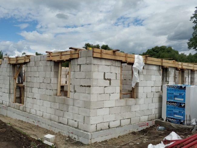 маткапитал на строительство дома подрядной бригадой