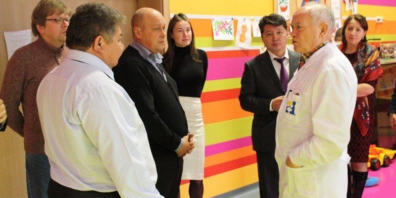 Минздрав предложил привлечь мигрантов для устранения дефицита врачей
