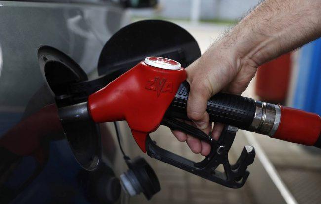 Спрос на бензин в России показал рекордное падение за четыре года